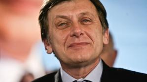 """Antonescu: Băsescu ar fi un foarte bun antibăsist după """"canoanele antibăsismului mecanic"""""""
