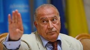 VOICULESCU, despre Băsescu: Trădarea intereselor naţionale se încadrează în art. 96 din Constituţie
