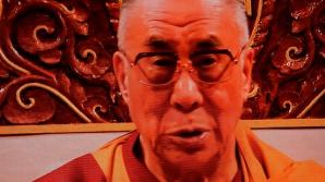 Dalai Lama a spus că nu a fumat niciodată marijuana.