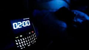 De ce să nu dormi niciodată cu telefonul mobil în aceeași cameră cu tine