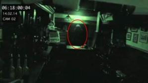 Fantomă fotografiată într-un local vechi de 750 de ani?