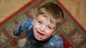 Cum să opreşti rapid o criză a copilului mic