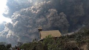Cel puţin 14 morţi în urma erupţiei unui vulcan, în Indonezia