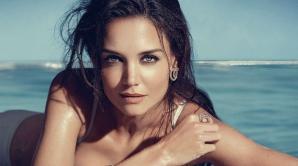 Katie Holmes ar avea o relaţie cu actorul Jamie Foxx, un fost prieten al fostului său soţ, Tom Cruise