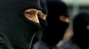 Percheziții în București și alte patru județe la contrabandiști de țigări