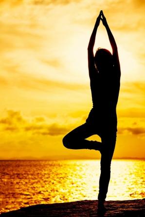 FITNESS. Exerciţii pentru subţierea picioarelor, în doar câteva minute pe zi