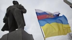 Parlamentul şi Guvernul din Crimeea, ocupate de PERSOANE ÎNARMATE