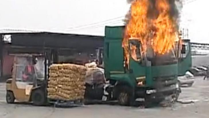 Tir în flăcări la Craiova