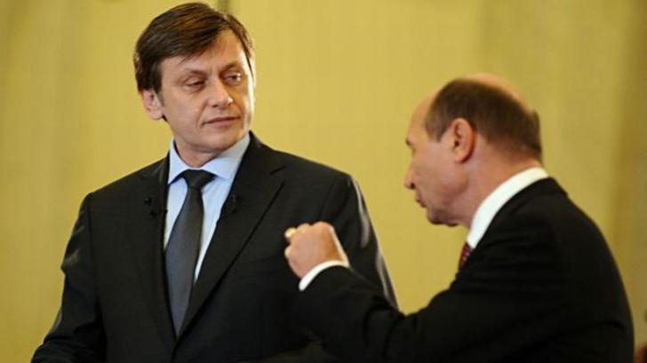 Antonescu: Nu am încheiat şi nu vom încheia niciodată un pact cu Băsescu, scris sau nescris