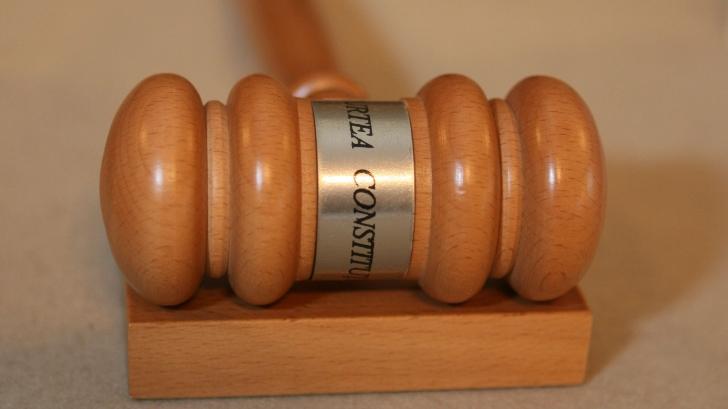 CCR desfiinţează DESCENTRALIZAREA: MOTIVAREA deciziei de neconstituţionalitate