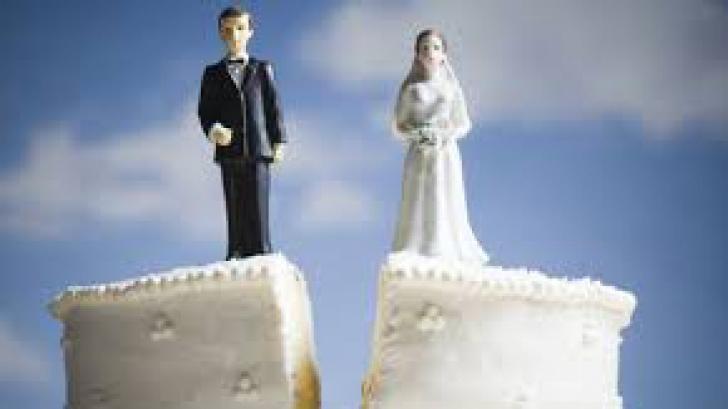 Ce riscă persoanele divorţate