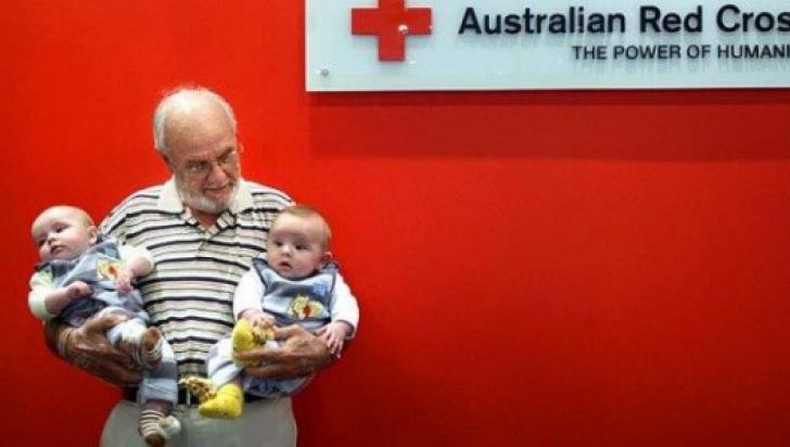 Bărbatul care a salvat viețile a peste două milioane de bebeluși