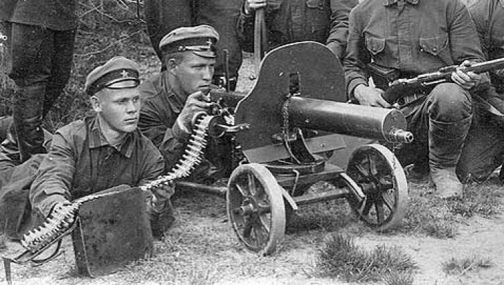 DOSAR HISTORIA. Top 5 cele mai celebre arme din Primul Război Mondial