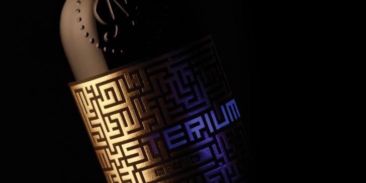 (P) Mysterium de Jidvei – un vin high-end cu o prezentare pe măsură