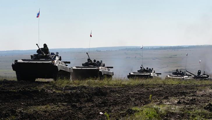 Trupele ruseşti fac exerciţii într-un moment de tensiune maximă în Ucraina
