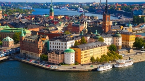 Opoziţia de stânga, condusă de către social-democraţi, este favorită în alegerile legislative care se desfăşoară duminică în Suedia