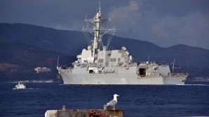 Distrugătorul american USS Truxtun