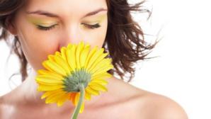 Omul poate distinge cel puțin 1.000 miliarde de mirosuri diferite