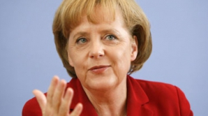 KREMLINUL: Putin şi Merkel, satisfăcuţi de trimiterea unei misiuni OSCE în Ucraina