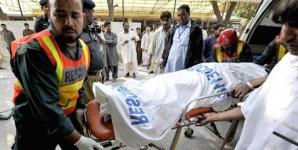 Cel puţin 35 de morţi după coliziunea între două autocare şi o cisternă, în Pakistan
