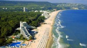 Femeie cercetată, după ce ar fi înşelat 23 de persoane cu pachete turistice în Bulgaria