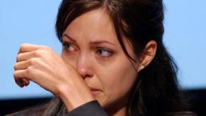 Lupta Angelinei Jolie împotriva cancerului pare să nu se fi terminat.