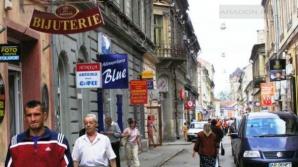 Gata cu panourile publicitare montate pe clădirile istorice