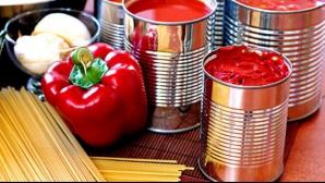 Pericolul ascuns din mâncarea din conserve. Cutiile metalice conțin o substanță extrem de toxică