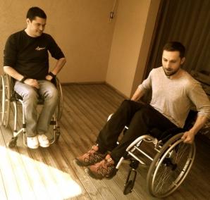 Dani Oțil, în scaun cu rotile. Ce a pățit prezentatorul?