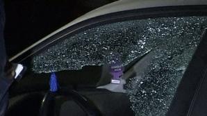 Maşini de lux vandalizate într-un cartier din Târgovişte