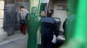 Presedintele Camerei de Comert si Industrie a României, Mihail Vlasov, gesticuleaza la iesirea din sediul Curtii de Apel Bucuresti (CAB), miercuri, 19 martie 2014.