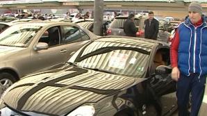 Opt membri ai grupării de trafic cu maşini de lux cu un prejudiciu de 1 milion euro, arestaţi