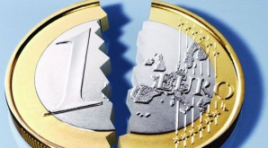 Euro este supraevaluat în prezent