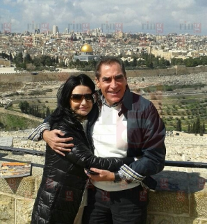 Silvia şi Petre Roman s-au rugat la Mormântul Sfânt