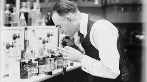 Departamentul Trezoreriei din Statele Unite a otrăvit alcoolul în timpul Prohibiţiei