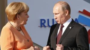 Merkel condamnă intervenţia trupelor ruse în afara Crimeei