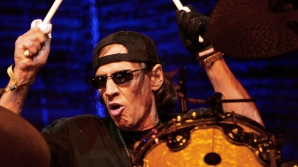 Scott Asheton, toboşarul trupei The Stooges, a murit