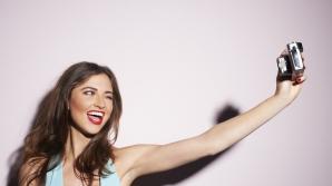 De ce nu arătăm bine într-un selfie?