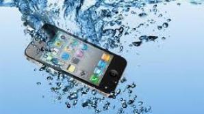 Cea mai bună metodă prin care îţi poţi repara telefonul