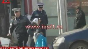 Traficanţii de urzici ridicaţi de Poliţia Locală