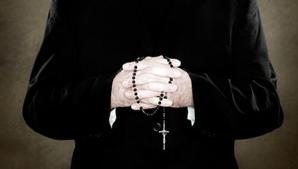 Un preot brașovean este cercetat