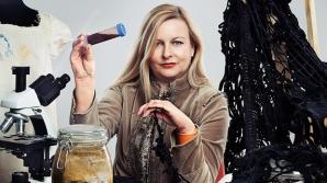 Bacterii moarte, incluse în cea mai recentă instalaţie a unei artiste britanice de origine română