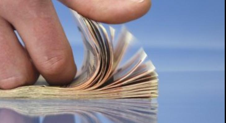 Plăţile CASH, permise în limita a 10.000 lei per tranzacţie