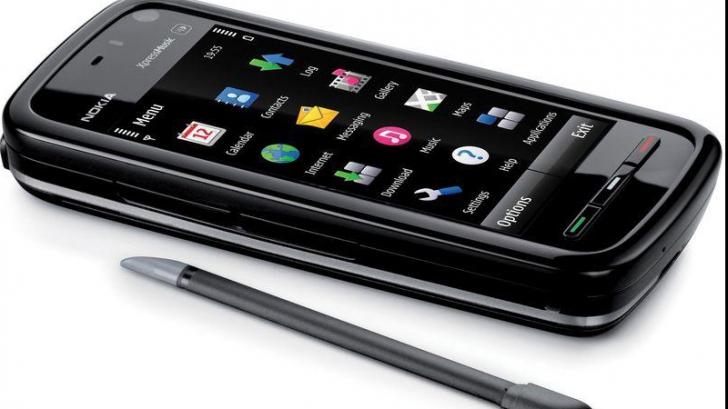Vânzarea Nokia către Microsoft se amână
