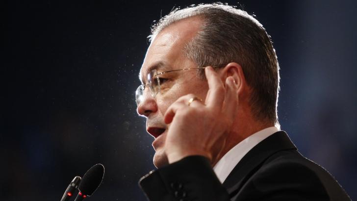 Boc: Premierul Victor Ponta să ceară ministrului de Finanţe Victor Ponta reducerea CAS