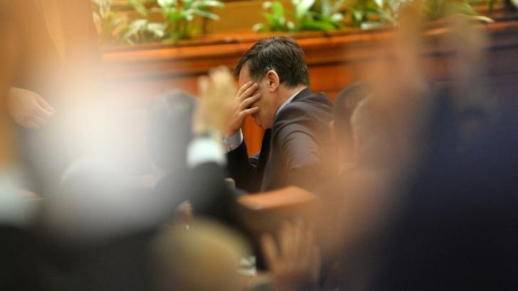 CRIN ANTONESCU şi-a dat DEMISIA din fruntea SENATULUI / Foto: MEDIAFAX