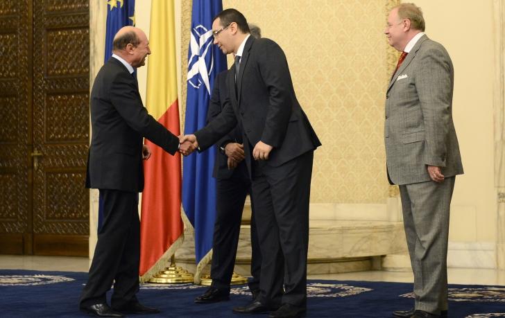 """Ponta-Băsescu, """"armistiţiul"""" de la Cotroceni"""