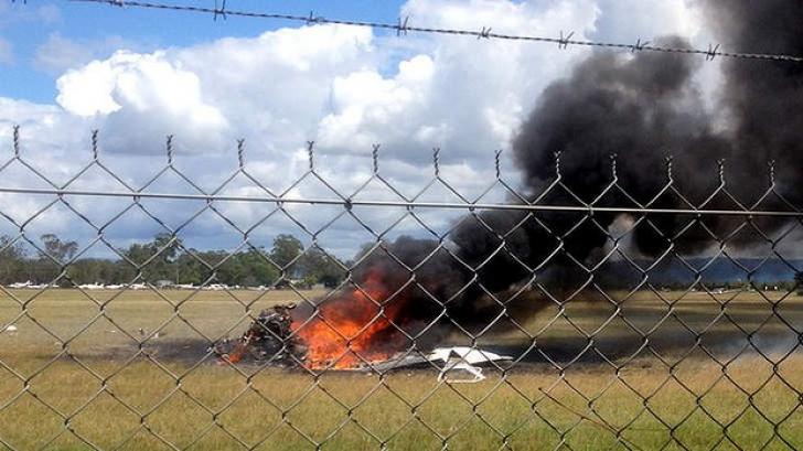 Cinci persoane au murit după prăbuşirea unui avion uşor în Australia