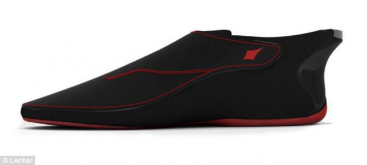 Pantofii cu GPS integrat îţi arată pe unde să mergi