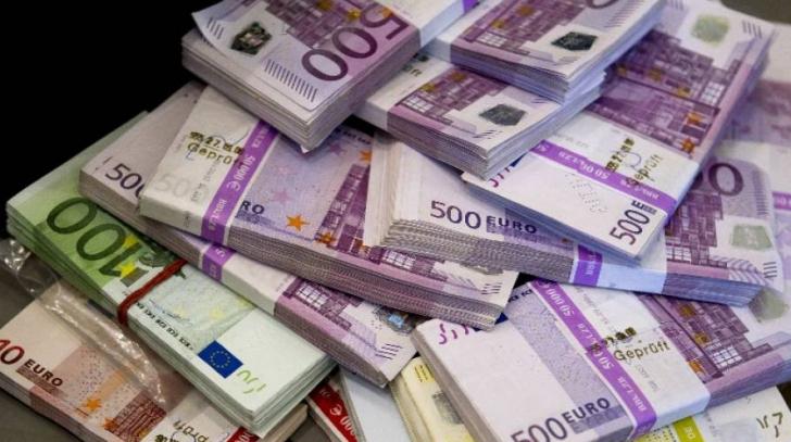 Curs BNR: Euro și dolarul cresc semnificativ la cursul BNR
